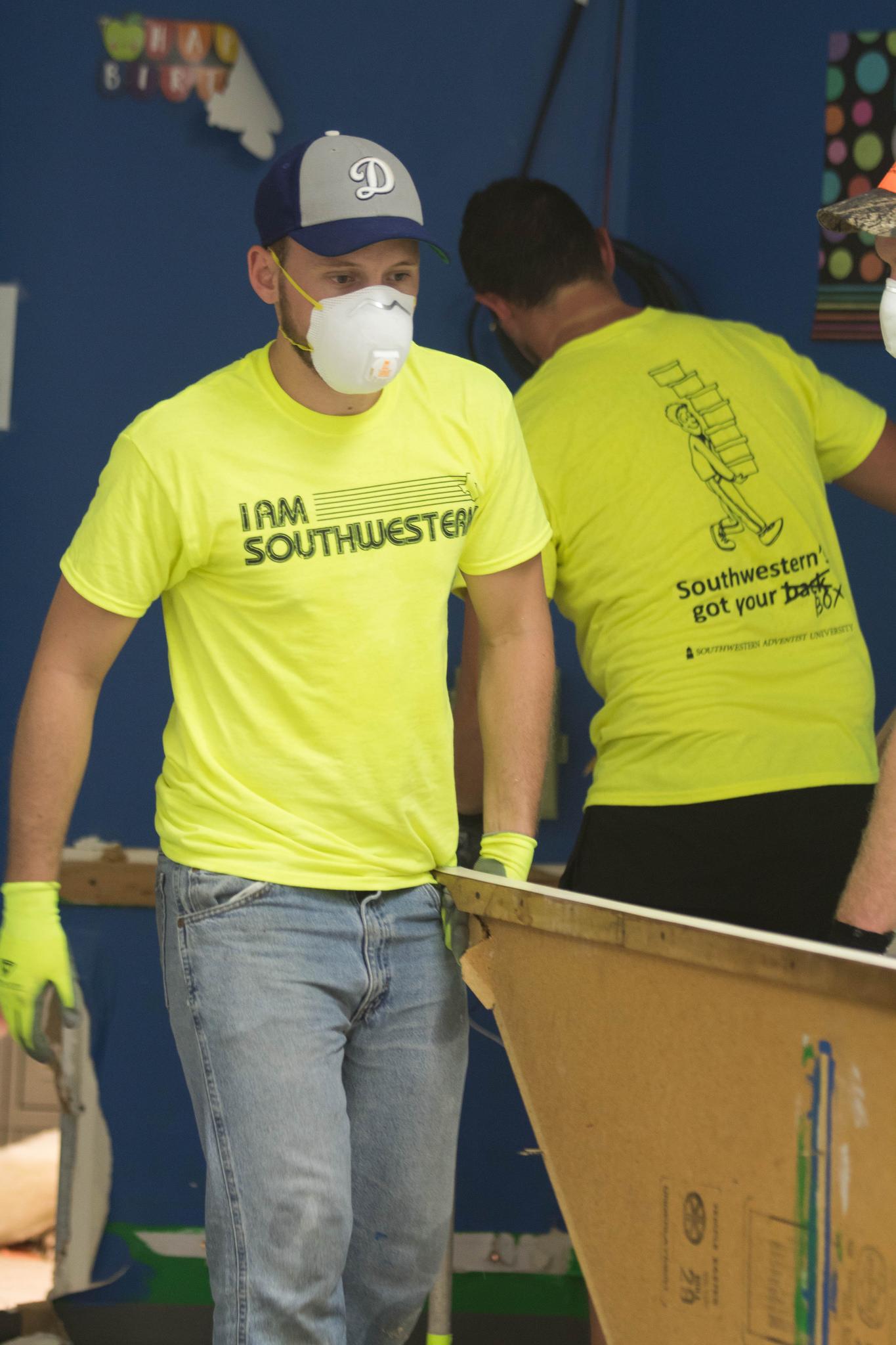 6d7d5036a82 Southwestern Adventist University Students Help Hurricane Harvey ...