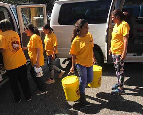 ACS DR Greater New York Conference team delivers flood buckets in North Carolina