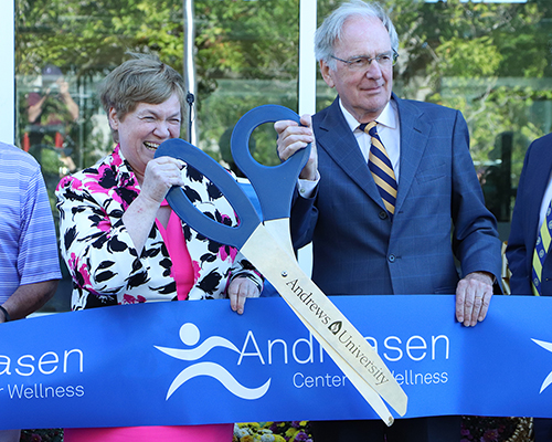 Andrews officials prepare to cut the ribbon