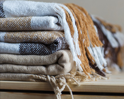 ACS collects blankets for Puerto Rico
