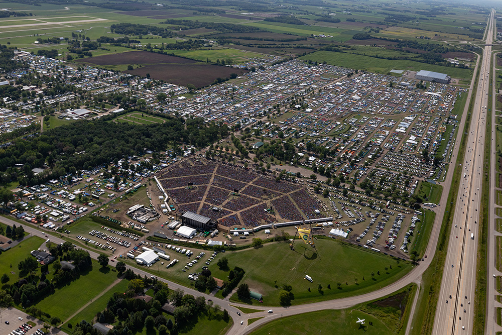 More than 55,000 attend the Sabbath program at the Experimental Airfield Association on Aug. 17, 2019. EAA has hosted the international camporee since 1999. Photo by Anthony White