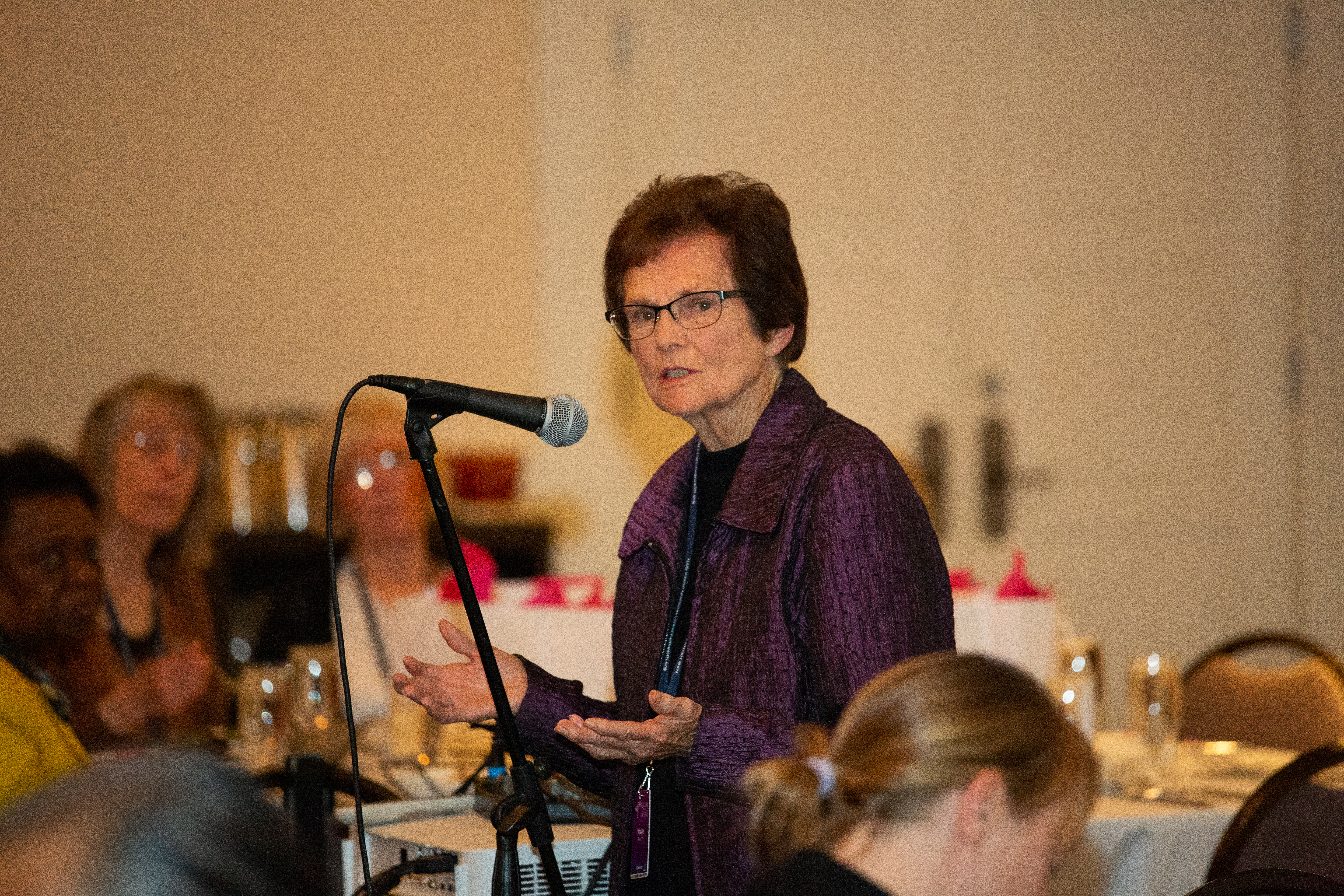 Maxine Bloom shares her passion for faith community nursing during the AAFCN banquet on Jan. 24.