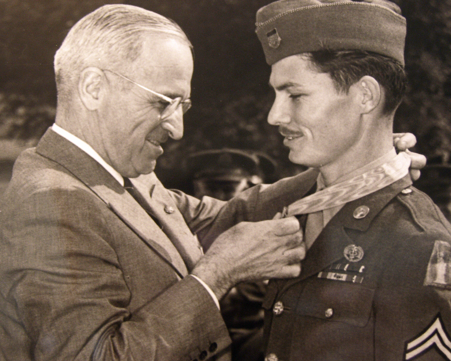 President Harry Truman awards Cpl. Desmond Doss the Medal of Honor. Photo courtesy of the Desmond Doss Council