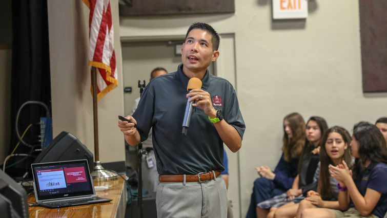 Dr. Laren Tan speaks to a teen group about the dangers of vaping as part of his tour of local schools in the Loma Linda, California, area.